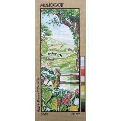 Canevas à broder 25 x 60 cm marque MARGOT thème CAMPAGNE le prés fabrication française