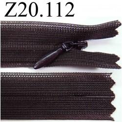 fermeture éclair invisible longueur 20 cm couleur gris anthracite non séparable zip nylon largeur 2 cm