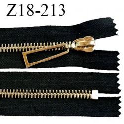 Fermeture zip 18 cm non séparable couleur noir longueur 18 cm largeur 4 cm glissière métal couleur or prix à l'unité