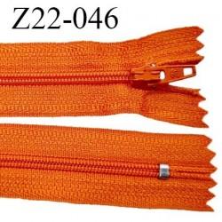 Fermeture zip 22 cm à glissière couleur orange non séparable zip nylon largeur du zip 6 mm longueur 22 cm prix à l'unité