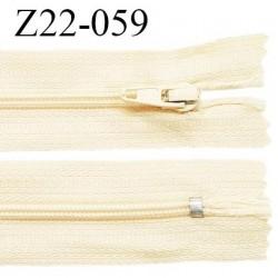 Fermeture zip 22 cm couleur jaune pâle ou beige non séparable zip nylon largeur du zip 6 mm longueur 22 cm prix à l'unité
