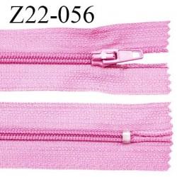 Fermeture zip 22 cm à glissière couleur rose non séparable zip nylon largeur du zip 6 mm longueur 22 cm prix à l'unité