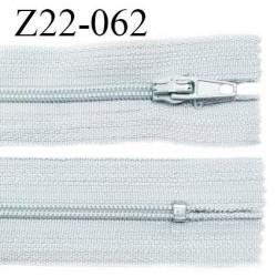 Fermeture zip 22 cm à glissière couleur gris quartz non séparable zip nylon largeur du zip 6 mm longueur 22 cm prix à l'unité