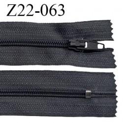 Fermeture zip 22 cm à glissière couleur anthracite non séparable zip nylon largeur du zip 6 mm longueur 22 cm prix à l'unité