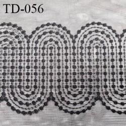 Dentelle 32 cm brodée sur tulle extensible couleur noir haut de gamme douce largeur 32 cm prix pour 10 cm de longueur