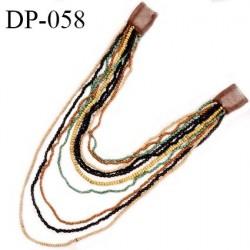 Devant plastron perles multicolores largeur maximum 45 cm longueur 35 cm prix à l'unité