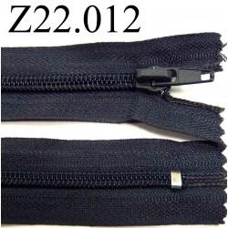 fermeture  éclair  longueur 22 cm couleur gris bleu anthracite non séparable zip nylon largeur 3 cm largeur du zip 6 mm