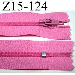 Fermeture zip 15 cm couleur rose non séparable largeur 2.5 cm glissière nylon largeur 4 mm longueur 15 cm prix à l'unité