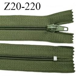 Fermeture zip 20 cm non séparable couleur vert kaki glissière nylon invisible largeur 5 mm longueur 20 cm prix à l'unité