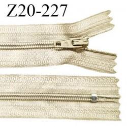 Fermeture zip 20 cm non séparable couleur beige glissière nylon invisible largeur 5 mm longueur 20 cm prix à l'unité