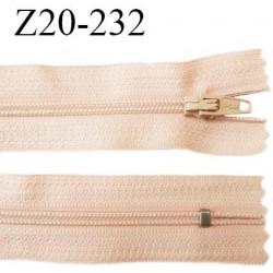 Fermeture zip 20 cm non séparable couleur rosé chair glissière nylon invisible largeur 5 mm longueur 20 cm prix à l'unité