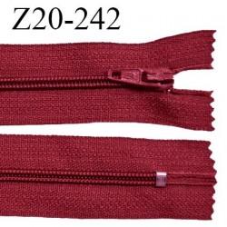Fermeture zip 20 cm non séparable couleur rouge rubis glissière nylon invisible largeur 5 mm longueur 20 cm prix à l'unité