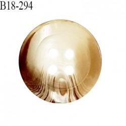 Bouton 18 mm en pvc couleur marron et beige marbré 4 trous diamètre 18 mm épaisseur 6 mm prix à la pièce