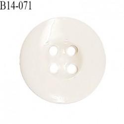 Bouton 14 mm en pvc couleur naturel 4 trous diamètre 14 mm épaisseur 3 mm prix à la pièce