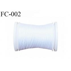 Cone de fil 500 m mousse polyester n° 110 polyester couleur blanc  longueur 500  mètres bobiné en France