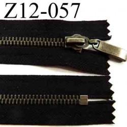 fermeture éclair longueur 12 cm couleur marron non séparable zip métal  largeur 3,3 cm largeur du zip 6 mm