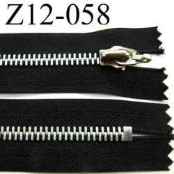 fermeture éclair longueur 12 cm couleur marron non séparable zip métal  largeur 3 cm largeur du zip 5.5 mm