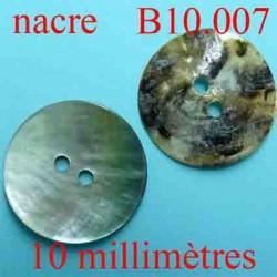 bouton 10 mm en nacre superbe