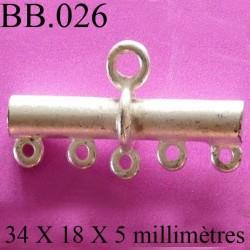 accessoire de  colier longueur 34 mm diamètre 5 mm biche de bère en métal patiné couleur argent