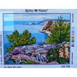 canevas 40x50 marque ROYAL PARIS la baie des pins dimension 40 centimètres par 50 centimètres 100 % coton