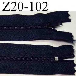fermeture éclair longueur 20 cm couleur  bleu marine non séparable zip nylon largeur 2.5 cm largeur du zip 4 mm