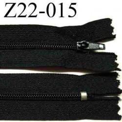 fermeture éclair longueur 22 cm couleur noir non séparable zip nylon largeur 2.5 cm largeur du zip 4 mm