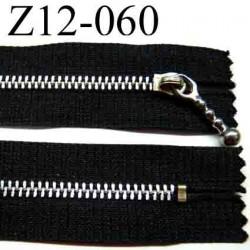 fermeture éclair  longueur 12 cm couleur noir non séparable largeur 2.6 cm glissière métal largeur 4.5 mm