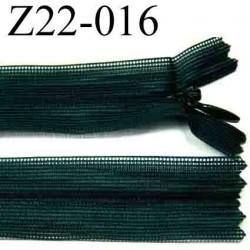 fermeture éclair invisible verte longueur 22 cm  couleur vert non séparable zip nylon largeur 2.5 cm