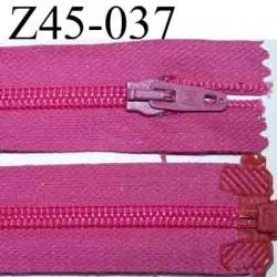 fermeture éclair longueur 45 cm couleur rose fushia séparable largeur 3 cm zip nylon largeur 6 mm