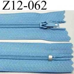 fermeture éclair longueur 12 cm couleur bleu ciel non séparable zip nylon largeur 2,5 cm largeur du zip 4 mm