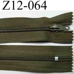 fermeture éclair longueur 12 cm largeur 2.5 cm couleur vert kaki non séparable glissière zip nylon largeur 4 mm
