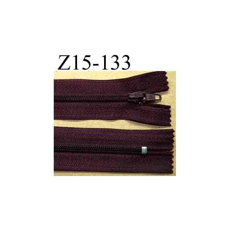 fermeture zip longueur 15 cm couleur bordeau prune lit de. Black Bedroom Furniture Sets. Home Design Ideas