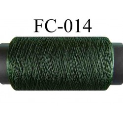 bobine de fil polyester couleur vert bouteille longueur 200 mètres largeur de la bobine 5.5 cm diamètre 2.5 cm