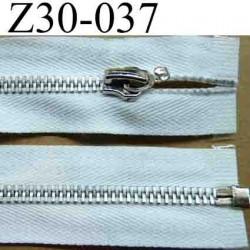 fermeture éclair longueur 30 cm couleur blanc séparable zip métal largeur 3 cm largeur du zip 6 mm