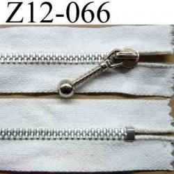 fermeture éclair blanche longueur 12 cm couleur blanc non séparable largeur 2.8 cm et la glissière zip métal 5 mm curseur métal
