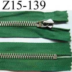 fermeture éclair longueur 15 cm couleur vert non séparable largeur 3.3 cm glissière métal en nikel largeur 6 mm