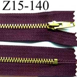 fermeture éclair longueur 15 cm couleur bordeau  non séparable largeur 2.6 cm glissière métal  largeur 4 mm