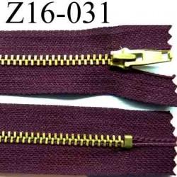 fermeture éclair longueur 16 cm couleur bordeau  non séparable largeur 2.6 cm glissière métal  largeur 4 mm
