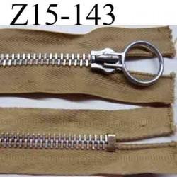 fermeture éclair longueur 15 cm couleur marron clair  non séparable largeur 3.3 cm glissière métal  largeur 7 mm