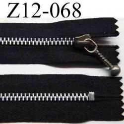 fermeture éclair longueur 12 cm couleur noir non séparable largeur 2.6 cm glissière métal  largeur 4 mm