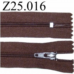 fermeture 25 cm  couleur marron zip nylon