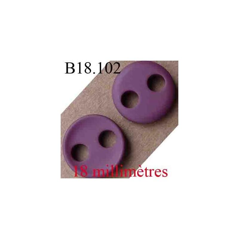 bouton 18 mm couleur prune clair 2 trous diam tre 18 mm mercerie extra. Black Bedroom Furniture Sets. Home Design Ideas
