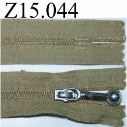 fermeture 15 cm couleur vert kaki zip nylon
