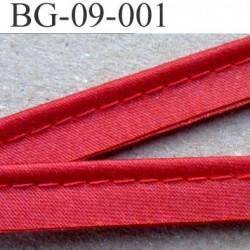 biais galon ruban passe poil couleur rouge satin brillantavec cordon coton 7 fils largeur 9 mm vendu au mètre