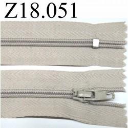 fermeture 18 cm couleur beige zip nylon