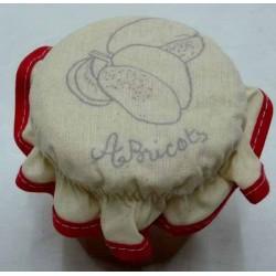 charlotte couvre pot à confiture à broder abricots