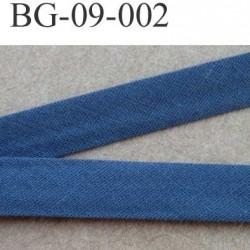 galon biais passe poil plié largeur 9 mm  2 rebords plié de 9 mm plus 2 rebords de 4 mm couleur bleu 100 % coton