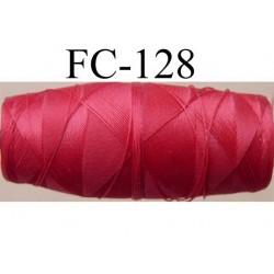 cocon bobine de fil nylon épaisseur 120/2 couleur rouge longueur 200 mètres largeur du cocon 4 cm diamètre 1.5 cm
