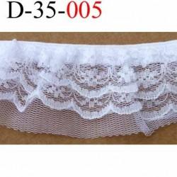dentelle superbe blanche largeur 35 mm cousu sur un élastique de 8 mm couleur blanc lumineux vendue au mètre