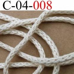 cordon 100 % coton superbe souple et doux couleur beige clair diamètre 4 mm le mètre